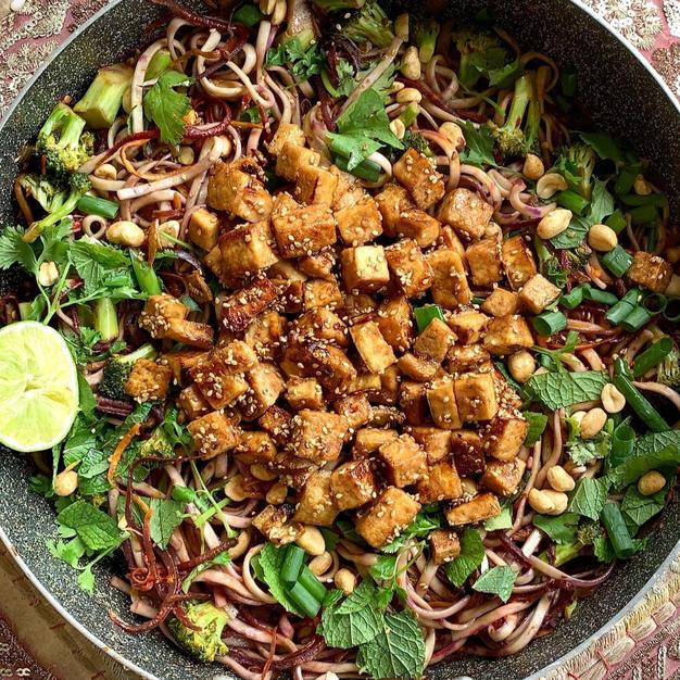 Veggie Noodle Pad Thai with Spicy Peanut Tofu
