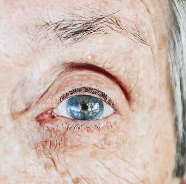 """Josina Silveira Jannotti e seus olhos """"verdes"""""""