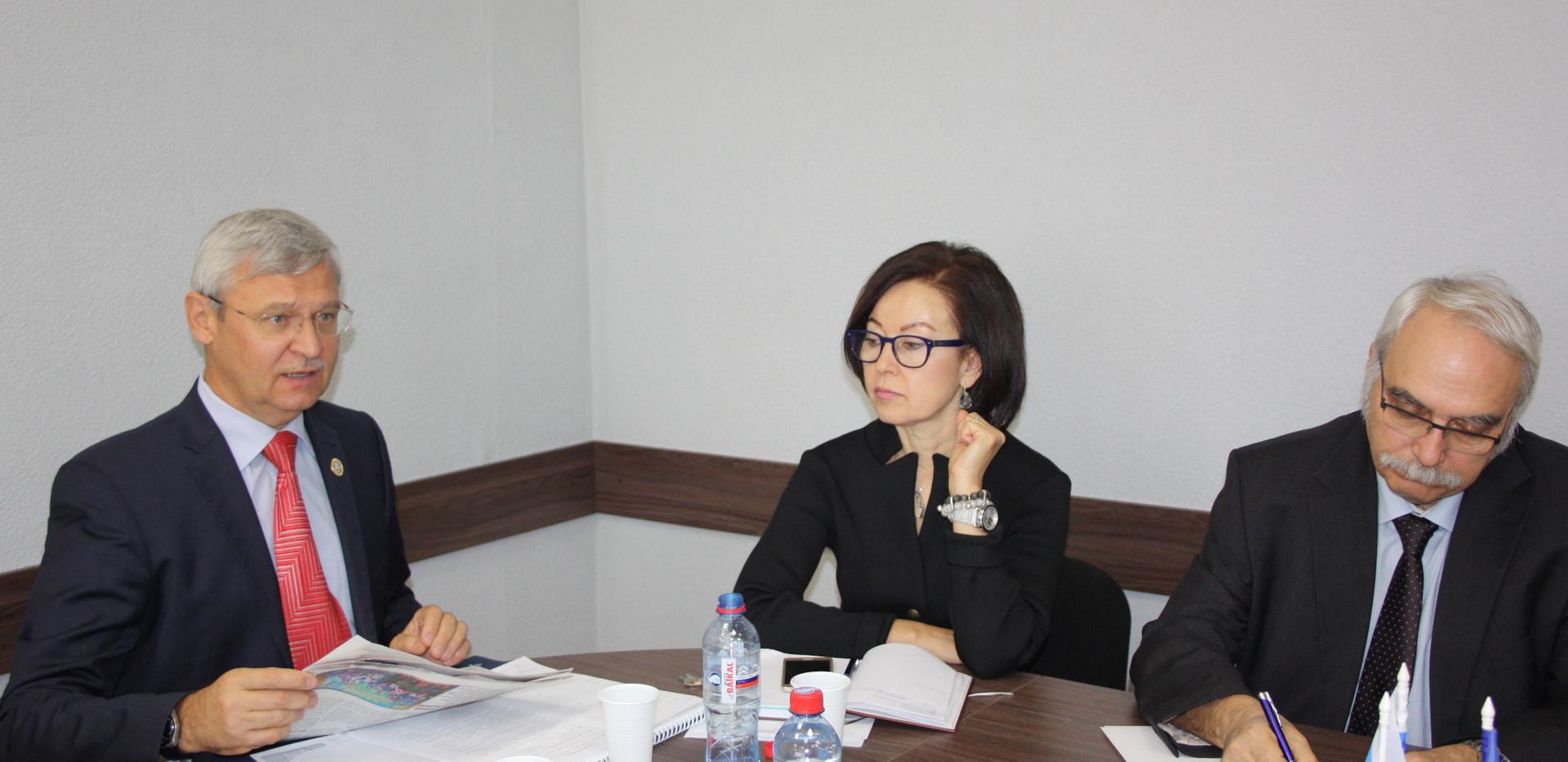 Встреча с министром здравоохранения ИО в