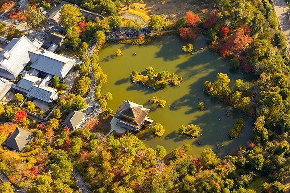 錦秋の古都ヘリクルーズを開催しました