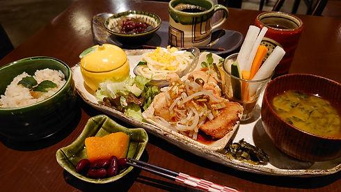 yuzu_lunch_edited.jpg