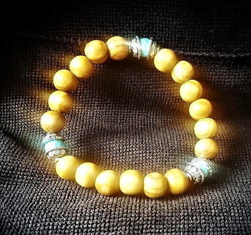 Sandalwood & Faceted Blue Howlite Beaded Bracelet