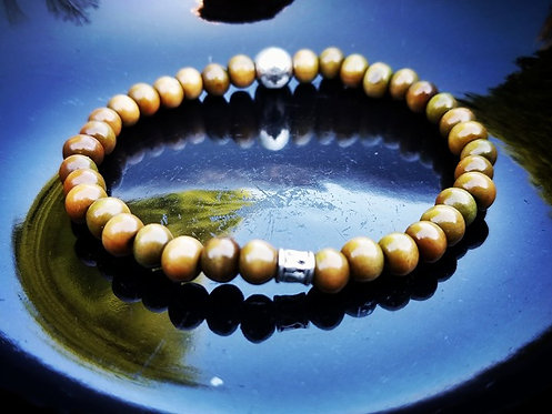 6mm Unisex Bracelet: Green Sandalwood & Silver beaded bracelet
