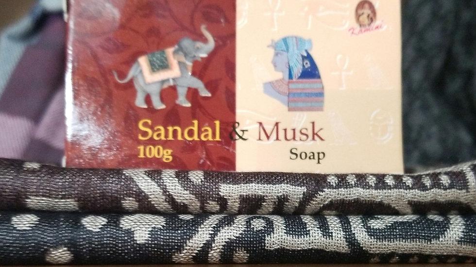 SANDAL & MUSK SOAP 100GM