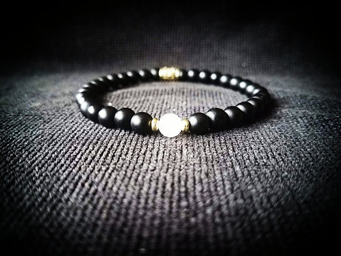 Black Onyx and White Jade stretchable Beaded Bracelet