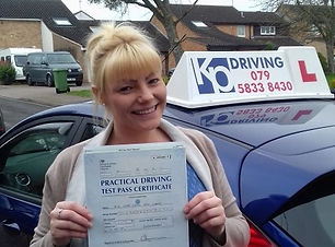 pregnant-lady-happy-passed-drivin-test-with-kp-driving-lessons