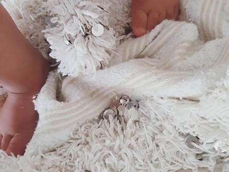 Wedding Blanket History / Histoire de la couverture de mariage.