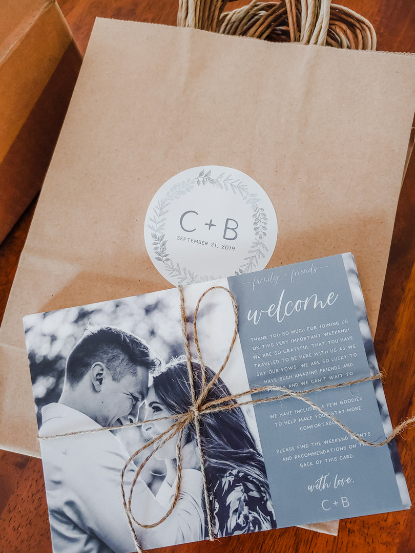 Hotel bags + Welcome Cards