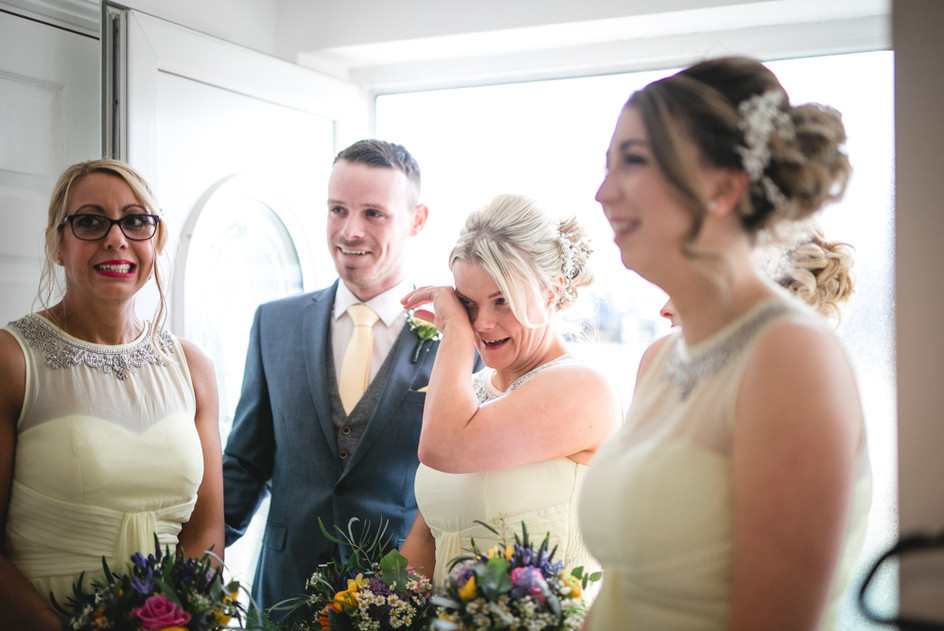 Ty_Mawr_Cardiff_Wedding_Photographer_42.jpg