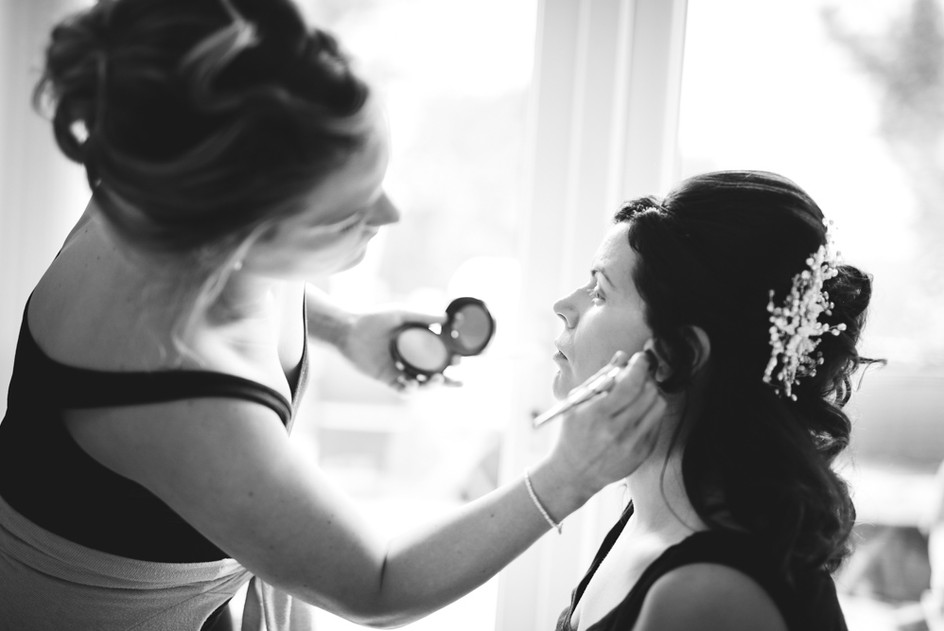 Ty_Mawr_Cardiff_Wedding_Photographer_19.jpg