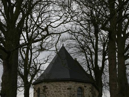The Lost Chapel/ La chapelle perdue