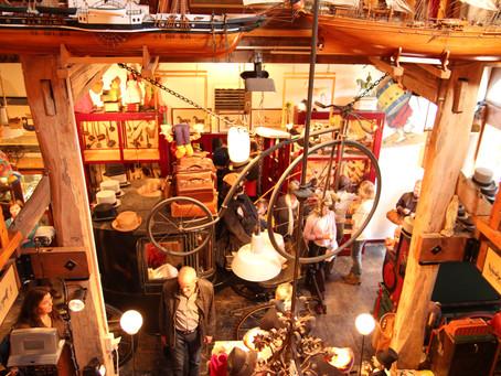 Toy Museum/ Musée de Jouets