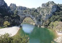gorges-ardeche-pont-d-arc_3.jpg