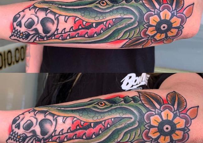 Alligator with Skull