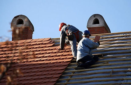 Roofing-Condftractor-696x455.jpg
