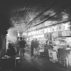 Yakitori Alley. Yurakucho, Tokyo, Ja