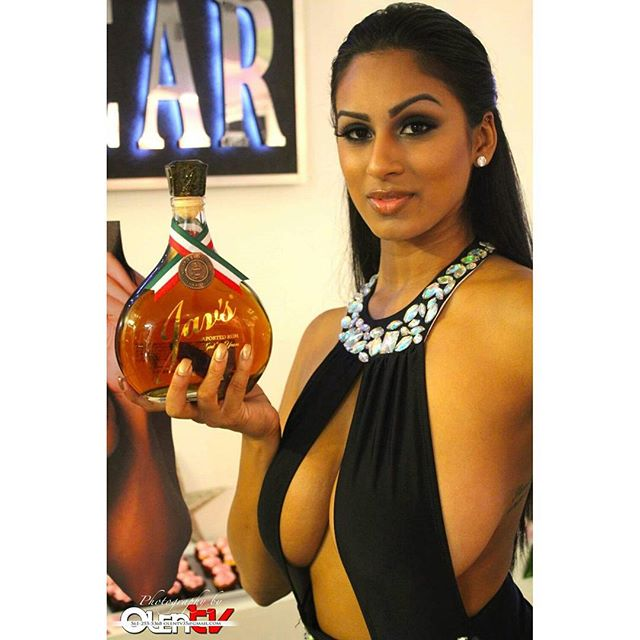 Sponsored by Jav's & Jav's _doncheyotequila_Photo by Olentv _#artbasel _omgmiamiswimwear