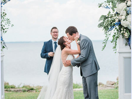 Ashley + John | Neuse Breeze | Micro Wedding Sneak Peek | Part I | Allie Miller Weddings