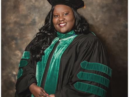 Michelle B | Medical School Graduate | Cap 'n Gown Session | Jacksonville, Florida | Allie Mille
