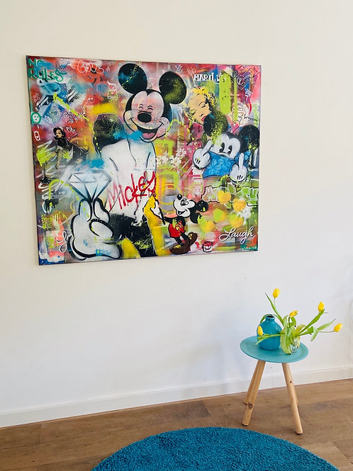 Mickey and the diamond
