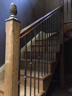 Cut string staircase