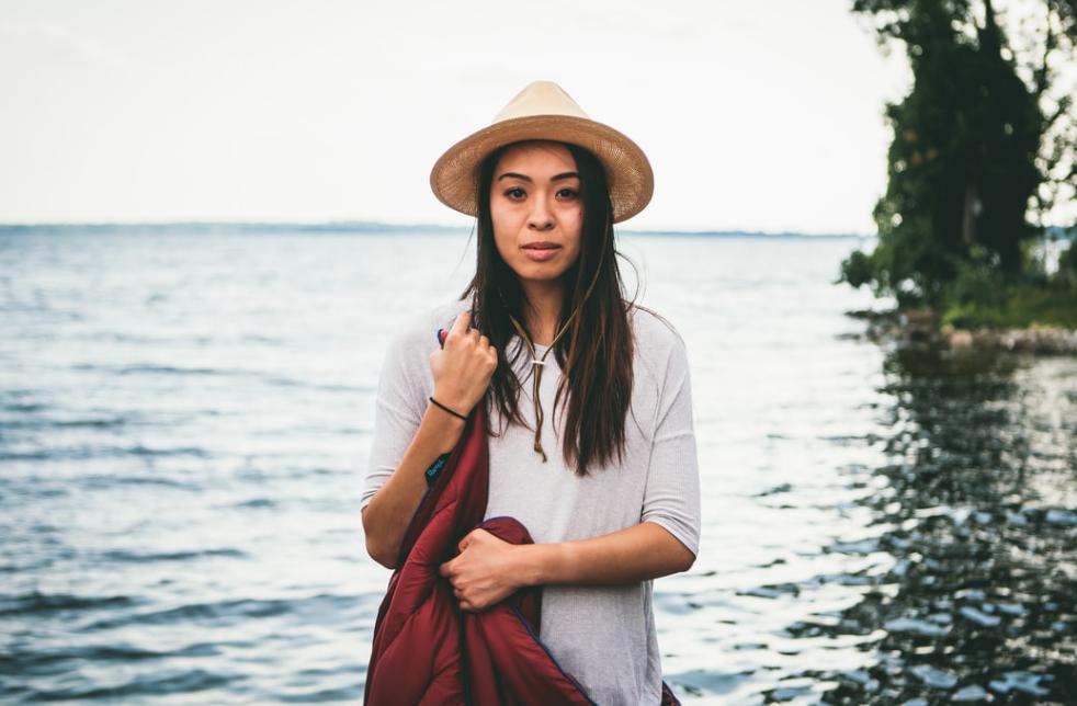 Solo travel girl