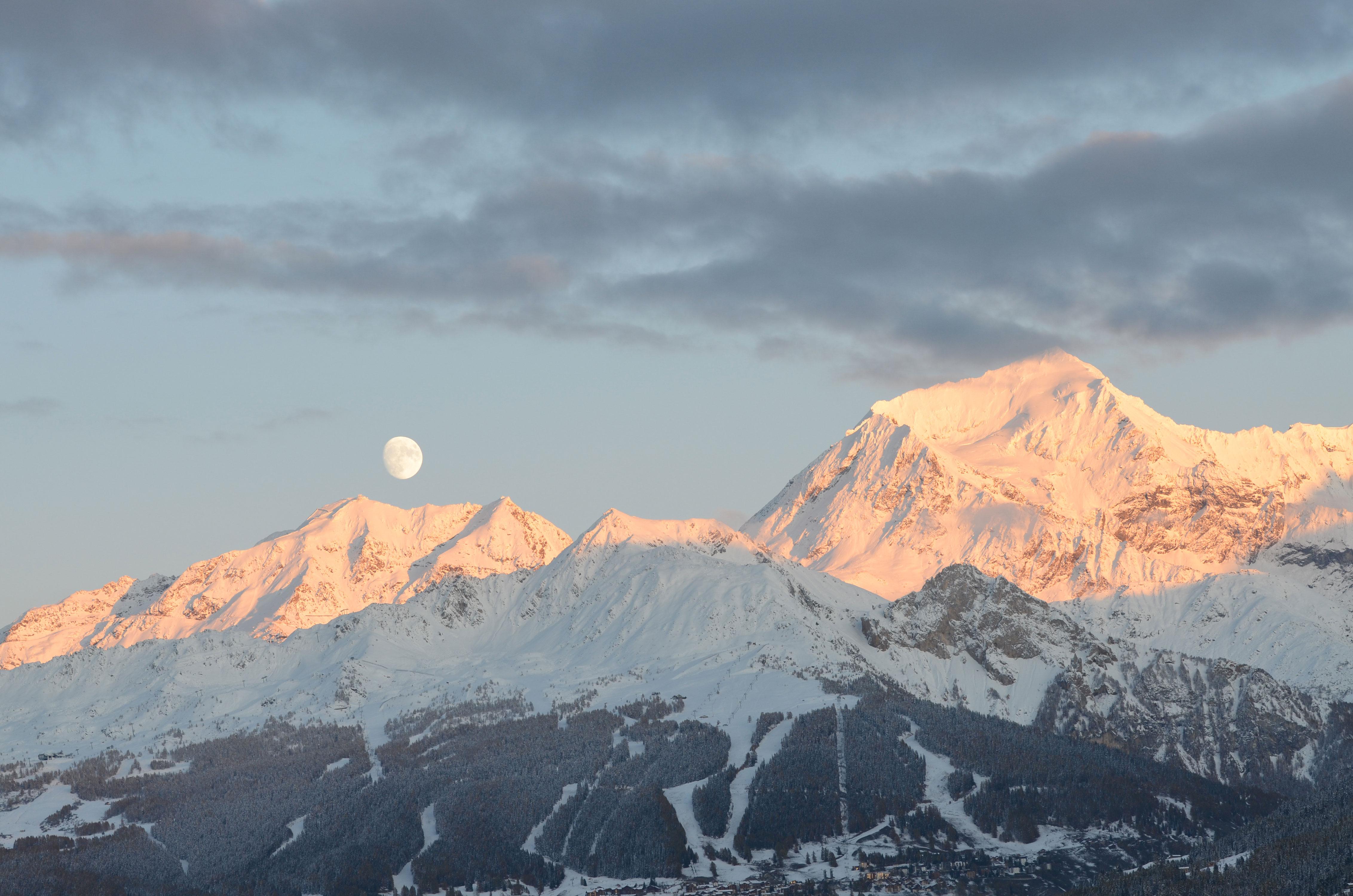 Le levé de Lune sur le Mont Pourri