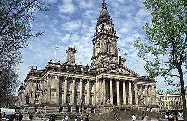 Bolton_Town_Hall.jpg