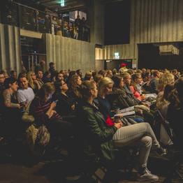 Theater-audience-Estonia.jpg