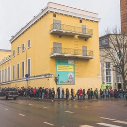Line outdoors - Estonia.jpg