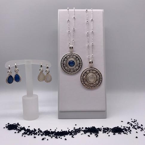 Silberketten mit Amulett - dazu passende Kreolen