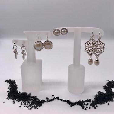 Ohrenringe mit Perlen