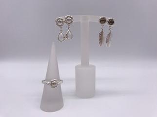 Ohrhänger mit passendem Ring