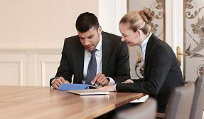 Erfolgreich im Kundenkontakt, nonverbale Kommunikation, Dresscode, Business-Knigge, moderne Umgangsformen, Duzen/Siezen, Kommunikationstraining