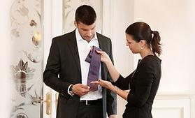 Imagecoaching für den Mann, Stilberatung, Dresscode, Shoppingbegleitung, Krawatten, Pochette binen