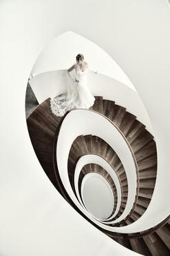 Nikon Pro Braut Treppe Hochzeit Konstanz.jpg