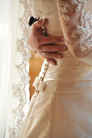 Braut Hochzeitskleid.jpg