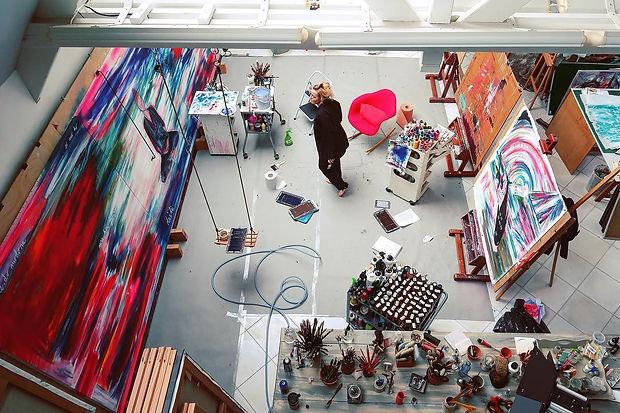 Woman Artiste | Caroline MABY | Atelier | France