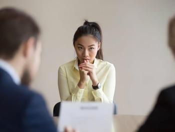 """""""Sou uma fraude"""": Por que a Síndrome da Impostora é comum entre as mulheres?"""