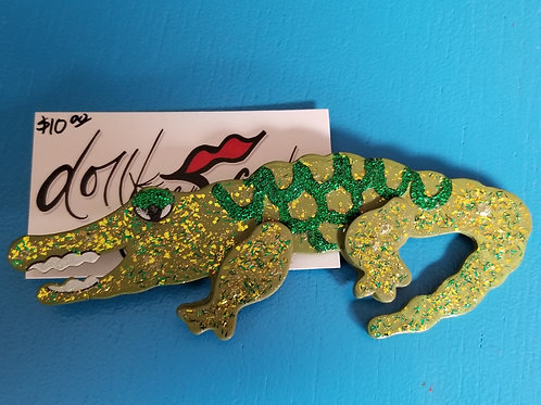 Gator pin