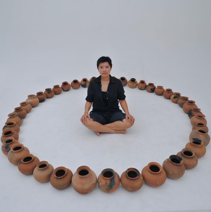 Full Circle (studio image 1)
