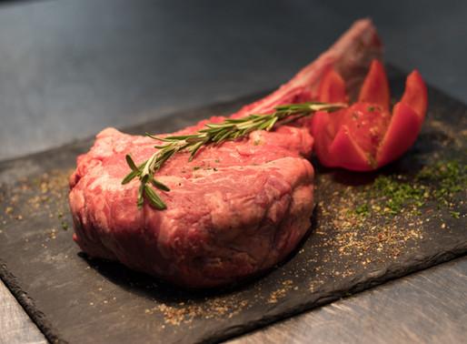 Polacy najtaniej kupują mięso w woj. świętokrzyskim, warmińsko-mazurskim i kujawsko-pomorskim