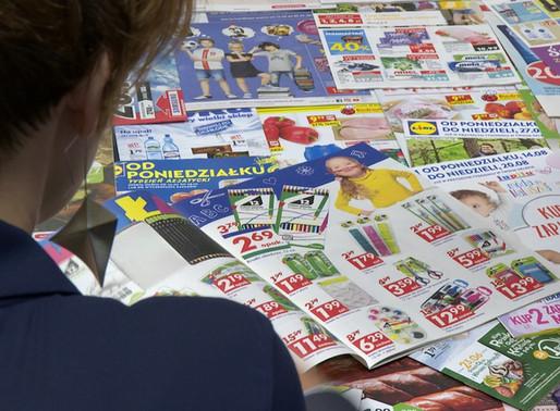Podczas pandemii sieci wydały więcej gazetek niż zwykle.