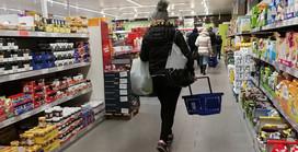Przez koronawirusa Polacy skrócili czas robienia zakupów. Średnio nawet o 15 minut