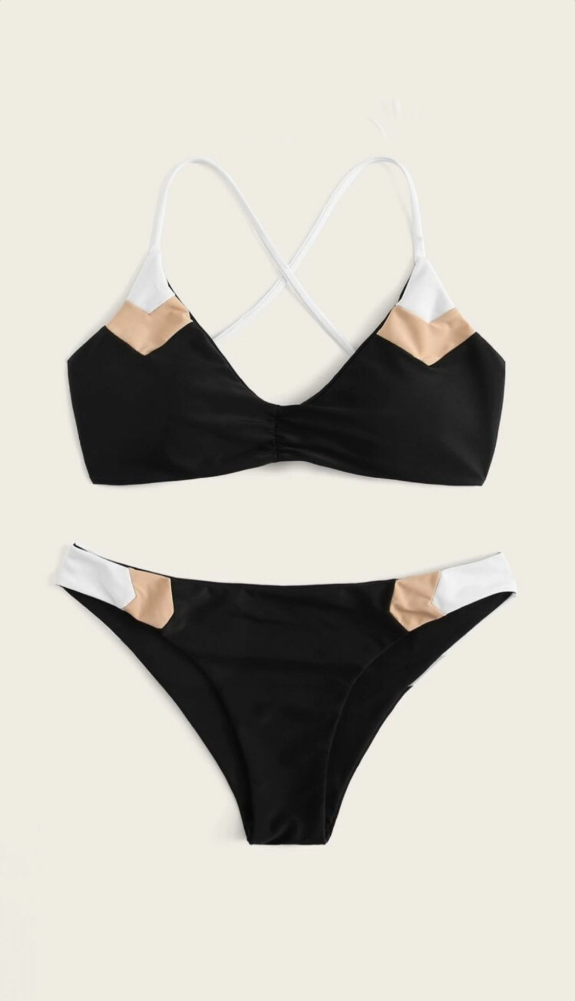 Bikini negro con detalles de color