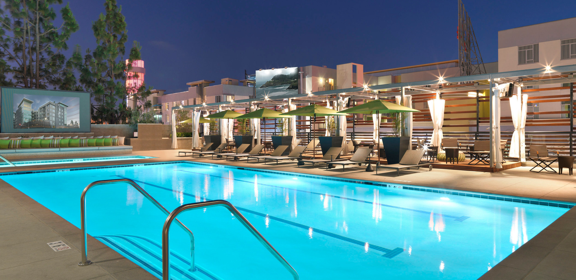 The_Camden_Hollywood_Apartments_Pool_Nig