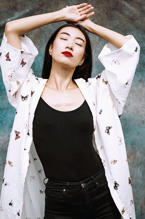 Wide-Sleeve Kimono in Ivory Insect Print