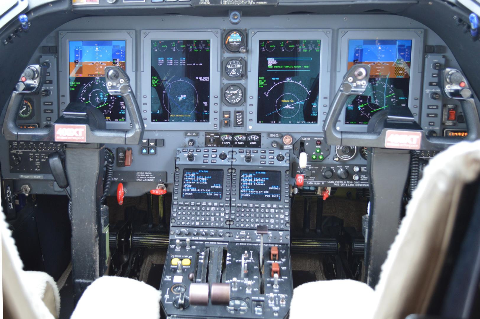 Nextant Cockpit copy.jpg