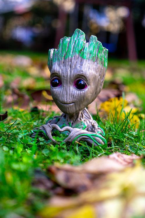 Květináč figurka Groot srdce