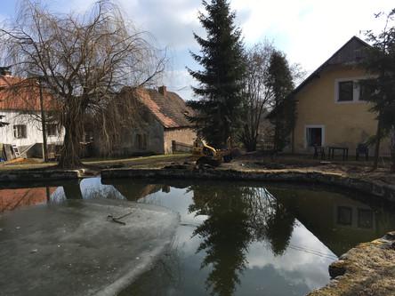 Odstranění pařezu v obci Tis u Blatna